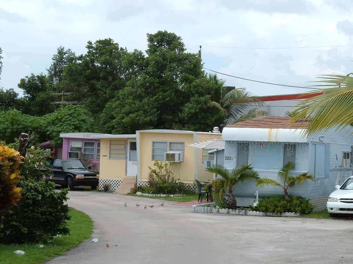 we buy mobile home parks with cash